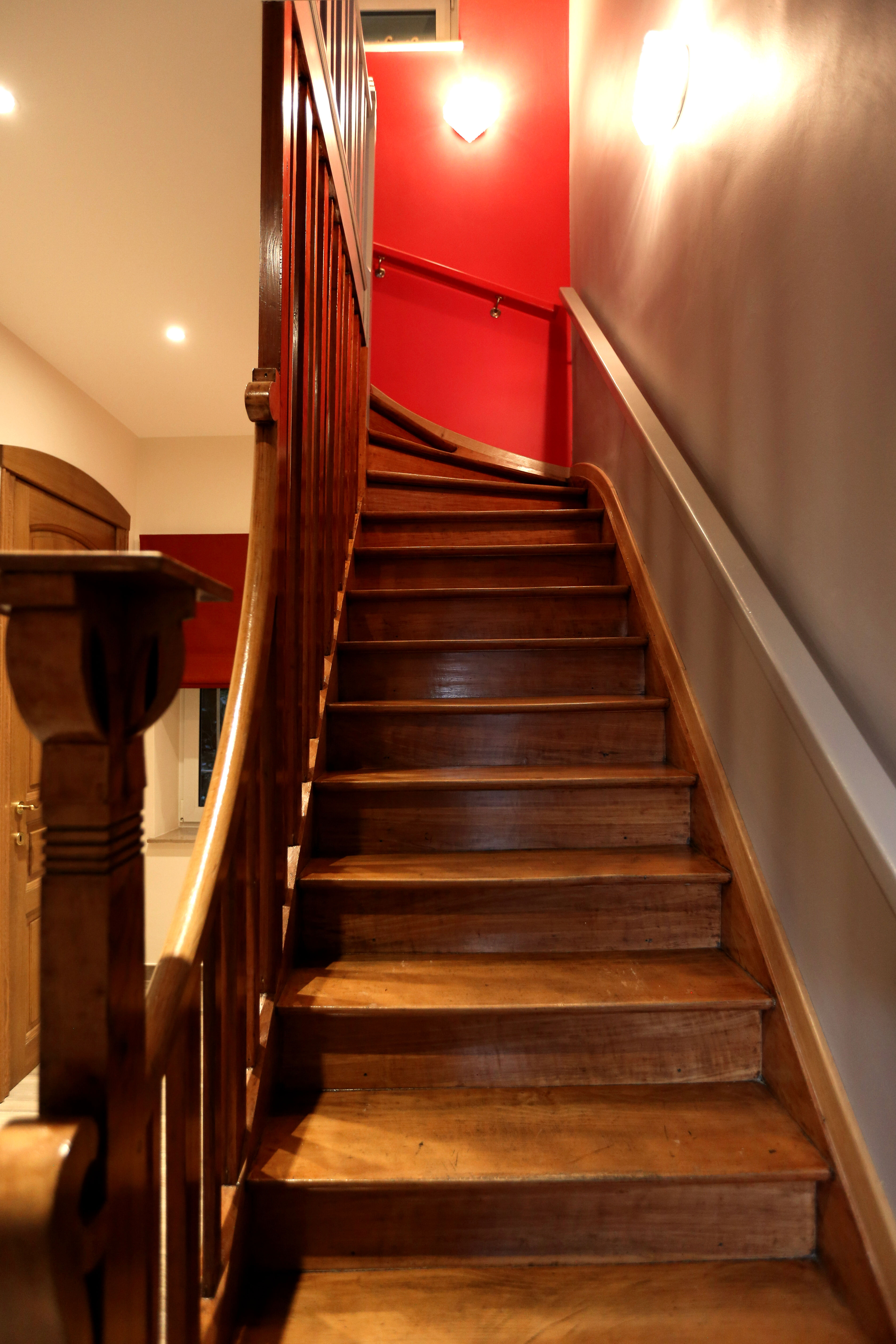 escaliers gite les roches tous droits réservés