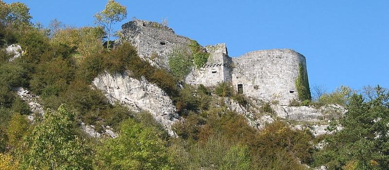 Ruines du château de Crèvecoeur
